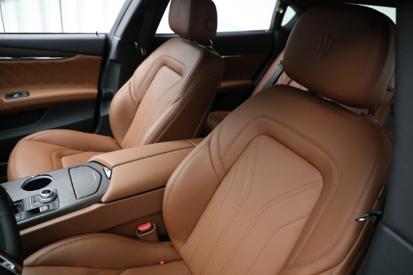 New 2021 Maserati Quattroporte S Q4 GranLusso for sale $120,599 at Bentley Greenwich in Greenwich CT 06830 14