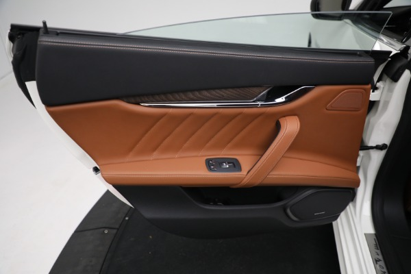 New 2021 Maserati Quattroporte S Q4 GranLusso for sale $120,599 at Bentley Greenwich in Greenwich CT 06830 18
