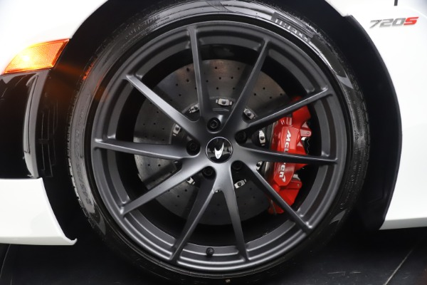 New 2021 McLaren 720S Spider for sale $366,670 at Bentley Greenwich in Greenwich CT 06830 21