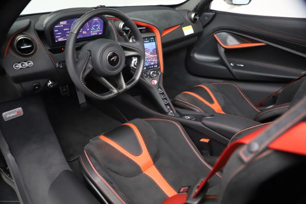 New 2021 McLaren 720S Spider for sale $366,670 at Bentley Greenwich in Greenwich CT 06830 22