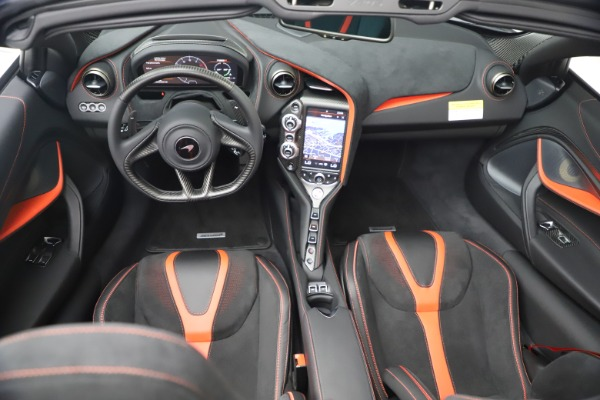 New 2021 McLaren 720S Spider for sale $366,670 at Bentley Greenwich in Greenwich CT 06830 25