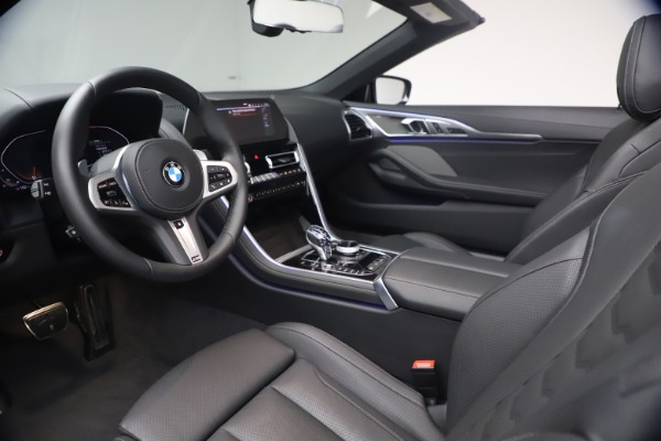 Used 2019 BMW 8 Series M850i xDrive for sale $99,900 at Bentley Greenwich in Greenwich CT 06830 27