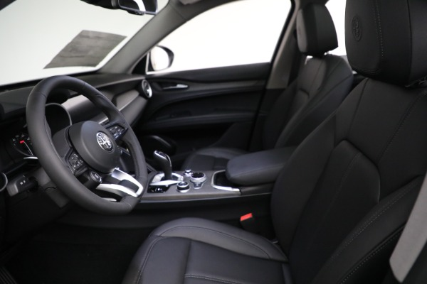 New 2021 Alfa Romeo Stelvio Ti Q4 for sale Sold at Bentley Greenwich in Greenwich CT 06830 14