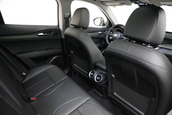 New 2021 Alfa Romeo Stelvio Ti Q4 for sale Sold at Bentley Greenwich in Greenwich CT 06830 17