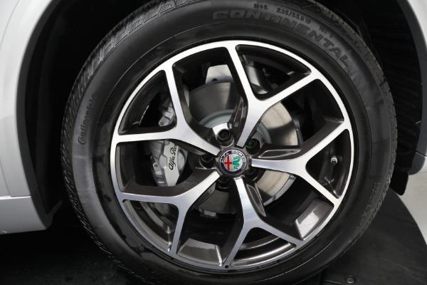 New 2021 Alfa Romeo Stelvio Ti Q4 for sale Sold at Bentley Greenwich in Greenwich CT 06830 19
