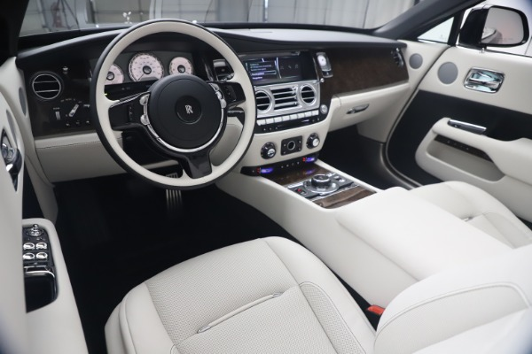 New 2021 Rolls-Royce Dawn for sale Call for price at Bentley Greenwich in Greenwich CT 06830 27