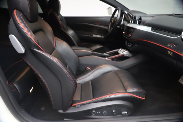 Used 2015 Ferrari FF for sale $159,900 at Bentley Greenwich in Greenwich CT 06830 20