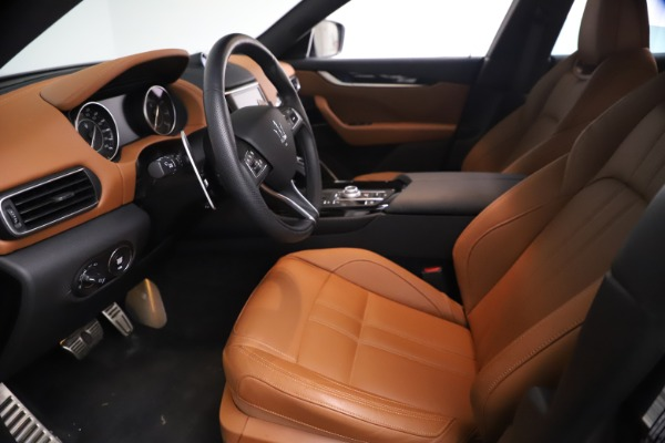 New 2021 Maserati Levante GranSport for sale $73,900 at Bentley Greenwich in Greenwich CT 06830 14