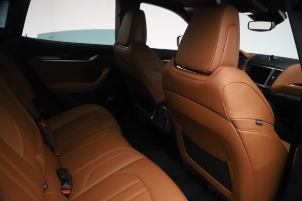 New 2021 Maserati Levante GranSport for sale $73,900 at Bentley Greenwich in Greenwich CT 06830 24
