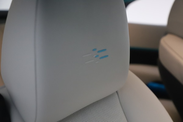 Used 2021 Rolls-Royce Wraith for sale $444,275 at Bentley Greenwich in Greenwich CT 06830 27