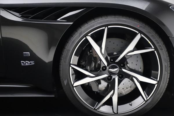 New 2021 Aston Martin DBS Superleggera 007 for sale $391,211 at Bentley Greenwich in Greenwich CT 06830 27