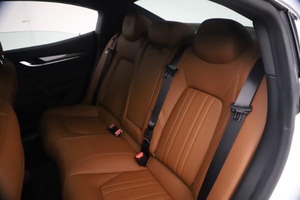 New 2021 Maserati Ghibli SQ4 for sale $85,804 at Bentley Greenwich in Greenwich CT 06830 21