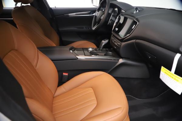New 2021 Maserati Ghibli SQ4 for sale $85,804 at Bentley Greenwich in Greenwich CT 06830 24