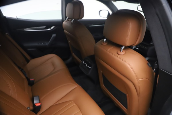 New 2021 Maserati Ghibli SQ4 for sale $85,804 at Bentley Greenwich in Greenwich CT 06830 26