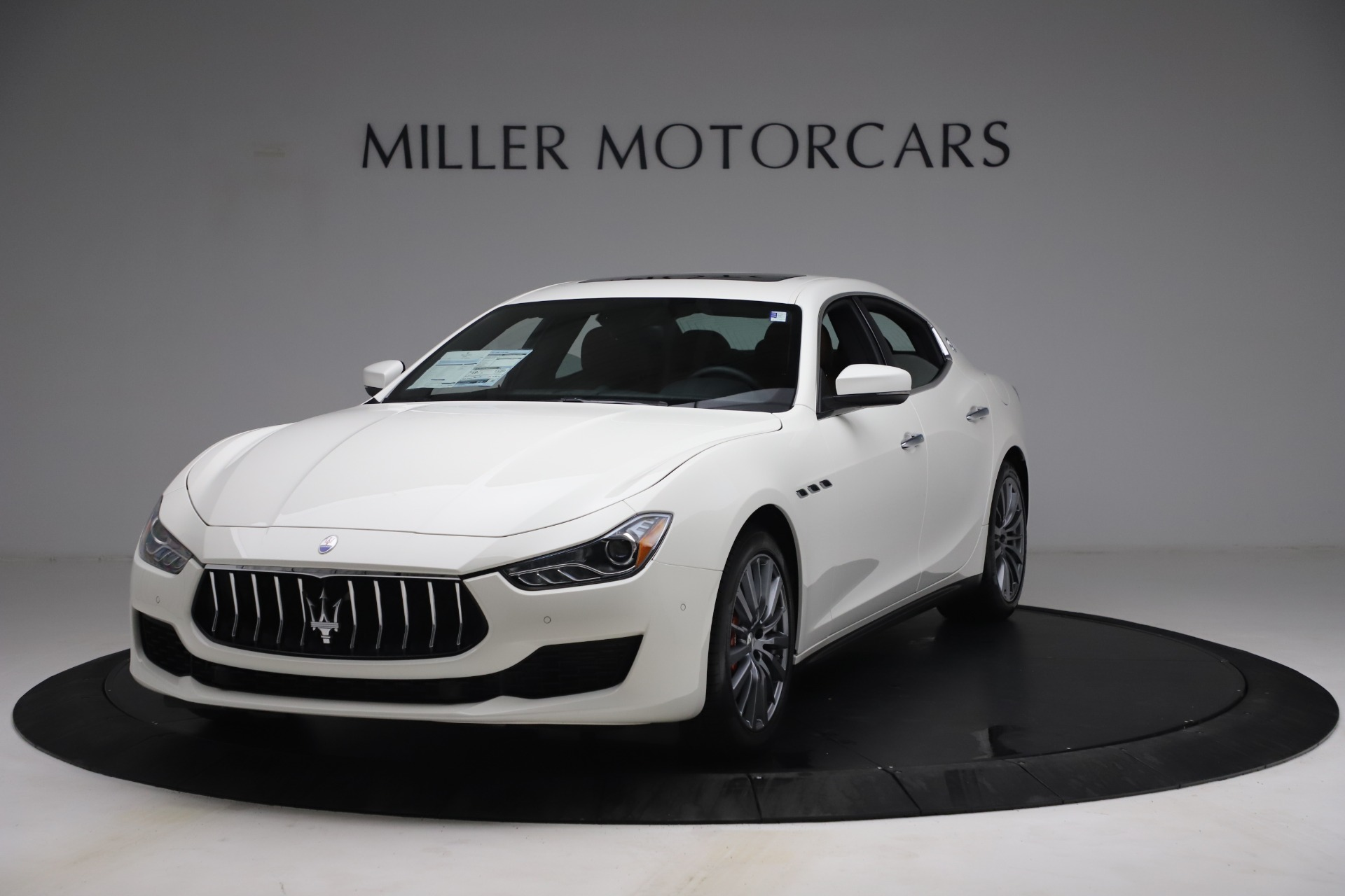 New 2021 Maserati Ghibli SQ4 for sale $85,804 at Bentley Greenwich in Greenwich CT 06830 1