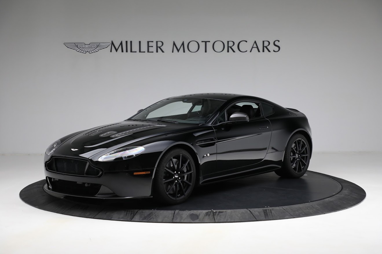 Used 2015 Aston Martin V12 Vantage S for sale $119,900 at Bentley Greenwich in Greenwich CT 06830 1