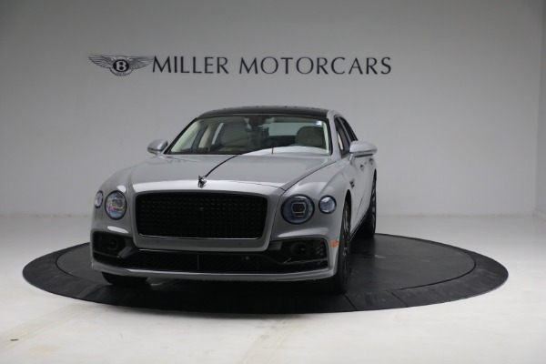 New 2022 Bentley Flying Spur Flying Spur V8 for sale Call for price at Bentley Greenwich in Greenwich CT 06830 2