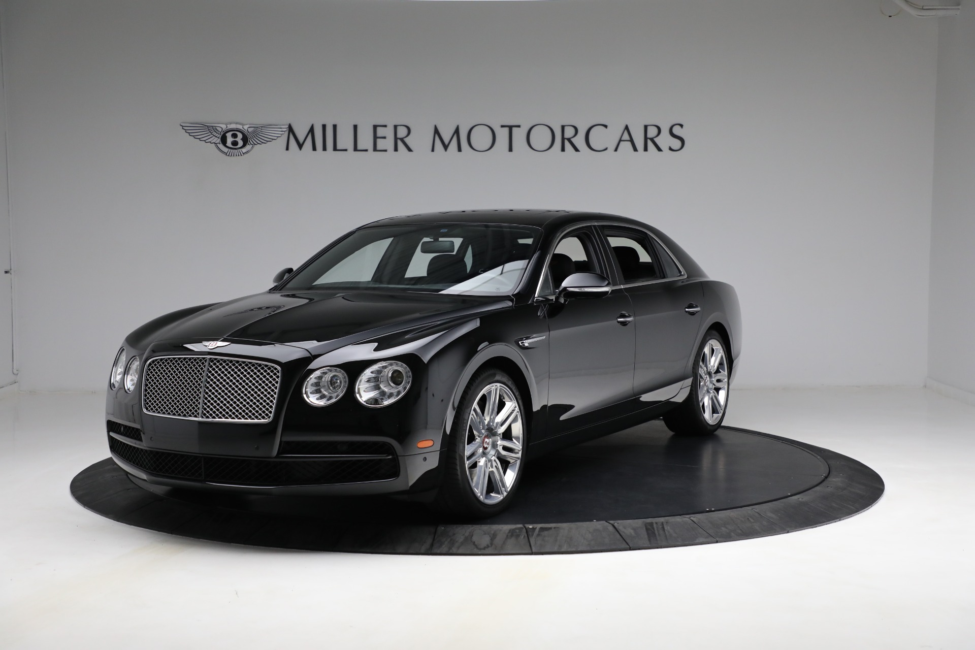 Used 2017 Bentley Flying Spur V8 for sale $144,900 at Bentley Greenwich in Greenwich CT 06830 1