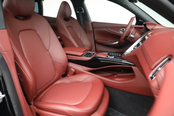 New 2021 Aston Martin DBX for sale $200,686 at Bentley Greenwich in Greenwich CT 06830 21
