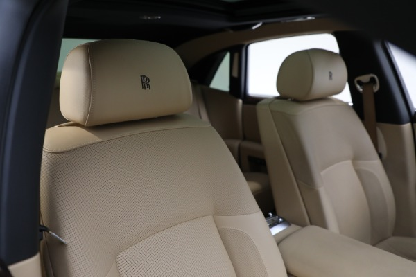 Used 2011 Rolls-Royce Ghost for sale Call for price at Bentley Greenwich in Greenwich CT 06830 15