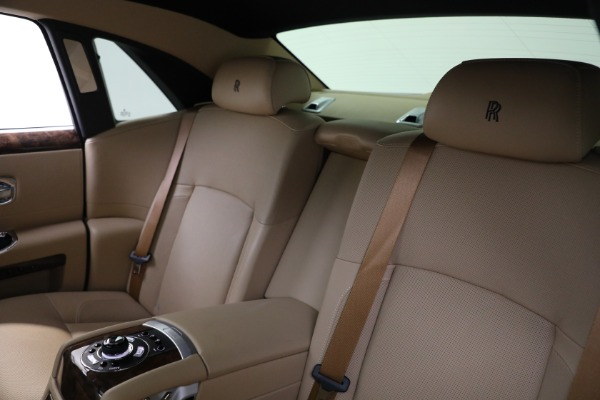 Used 2011 Rolls-Royce Ghost for sale Call for price at Bentley Greenwich in Greenwich CT 06830 16