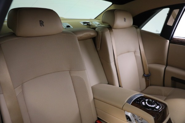 Used 2011 Rolls-Royce Ghost for sale Call for price at Bentley Greenwich in Greenwich CT 06830 17
