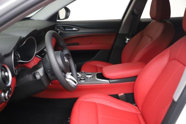 New 2021 Alfa Romeo Stelvio Ti Q4 for sale $53,740 at Bentley Greenwich in Greenwich CT 06830 15