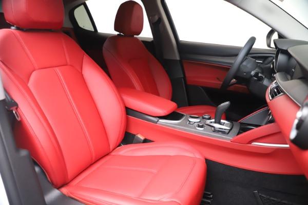 New 2021 Alfa Romeo Stelvio Ti Q4 for sale $53,740 at Bentley Greenwich in Greenwich CT 06830 21