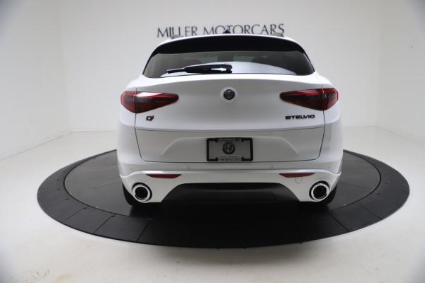 New 2021 Alfa Romeo Stelvio Ti Q4 for sale $53,740 at Bentley Greenwich in Greenwich CT 06830 6