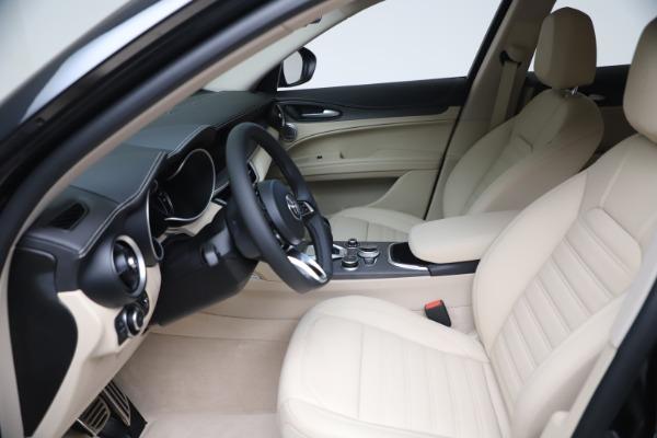 New 2021 Alfa Romeo Stelvio Ti Q4 for sale $54,755 at Bentley Greenwich in Greenwich CT 06830 16