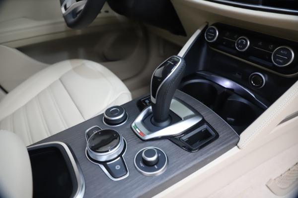 New 2021 Alfa Romeo Stelvio Ti Q4 for sale $54,755 at Bentley Greenwich in Greenwich CT 06830 18