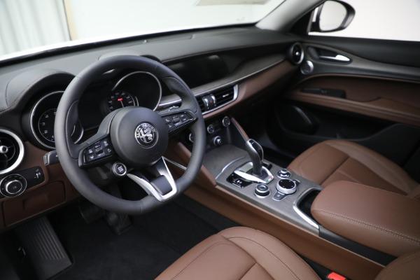 New 2021 Alfa Romeo Stelvio Ti Q4 for sale $54,840 at Bentley Greenwich in Greenwich CT 06830 13