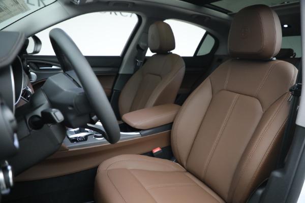 New 2021 Alfa Romeo Stelvio Ti Q4 for sale $54,840 at Bentley Greenwich in Greenwich CT 06830 15
