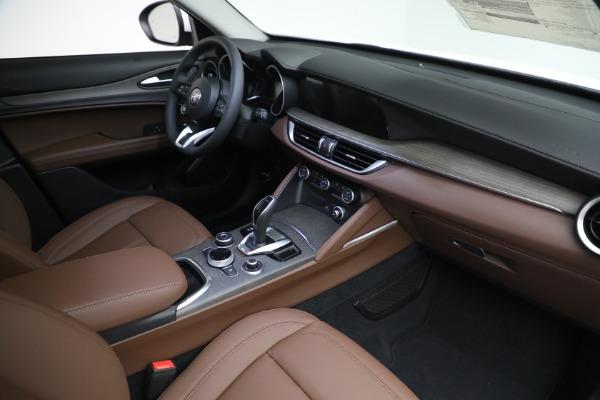 New 2021 Alfa Romeo Stelvio Ti Q4 for sale $54,840 at Bentley Greenwich in Greenwich CT 06830 27