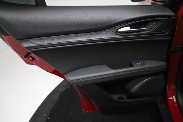 New 2021 Alfa Romeo Stelvio Q4 for sale $50,535 at Bentley Greenwich in Greenwich CT 06830 22