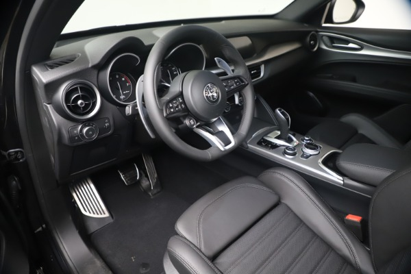 New 2021 Alfa Romeo Stelvio Ti Sport Q4 for sale $56,900 at Bentley Greenwich in Greenwich CT 06830 13
