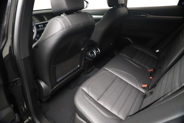New 2021 Alfa Romeo Stelvio Ti Sport Q4 for sale $56,900 at Bentley Greenwich in Greenwich CT 06830 17