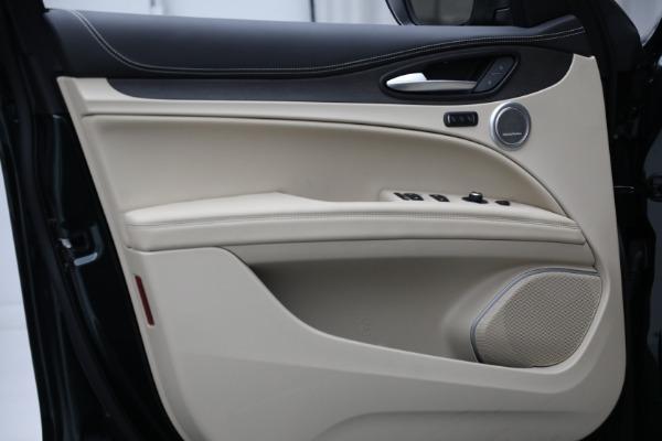 New 2021 Alfa Romeo Stelvio Ti Q4 for sale $55,205 at Bentley Greenwich in Greenwich CT 06830 17
