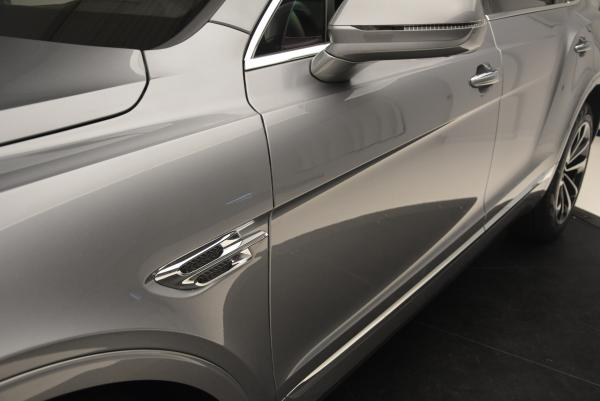 Used 2017 Bentley Bentayga W12 for sale Sold at Bentley Greenwich in Greenwich CT 06830 19