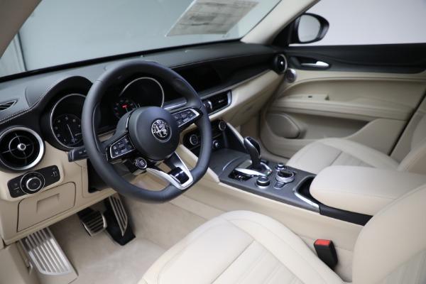 New 2021 Alfa Romeo Stelvio Ti Q4 for sale $57,400 at Bentley Greenwich in Greenwich CT 06830 15