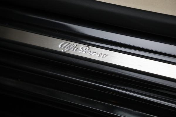 New 2021 Alfa Romeo Stelvio Ti Q4 for sale $57,400 at Bentley Greenwich in Greenwich CT 06830 23