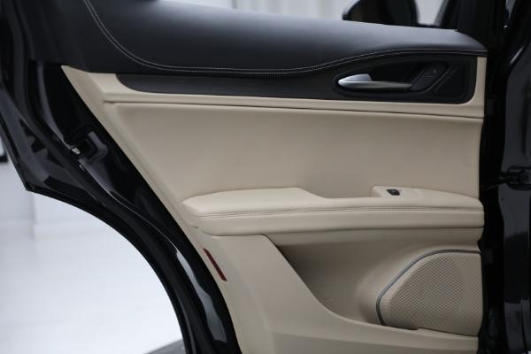 New 2021 Alfa Romeo Stelvio Ti Q4 for sale $57,400 at Bentley Greenwich in Greenwich CT 06830 24