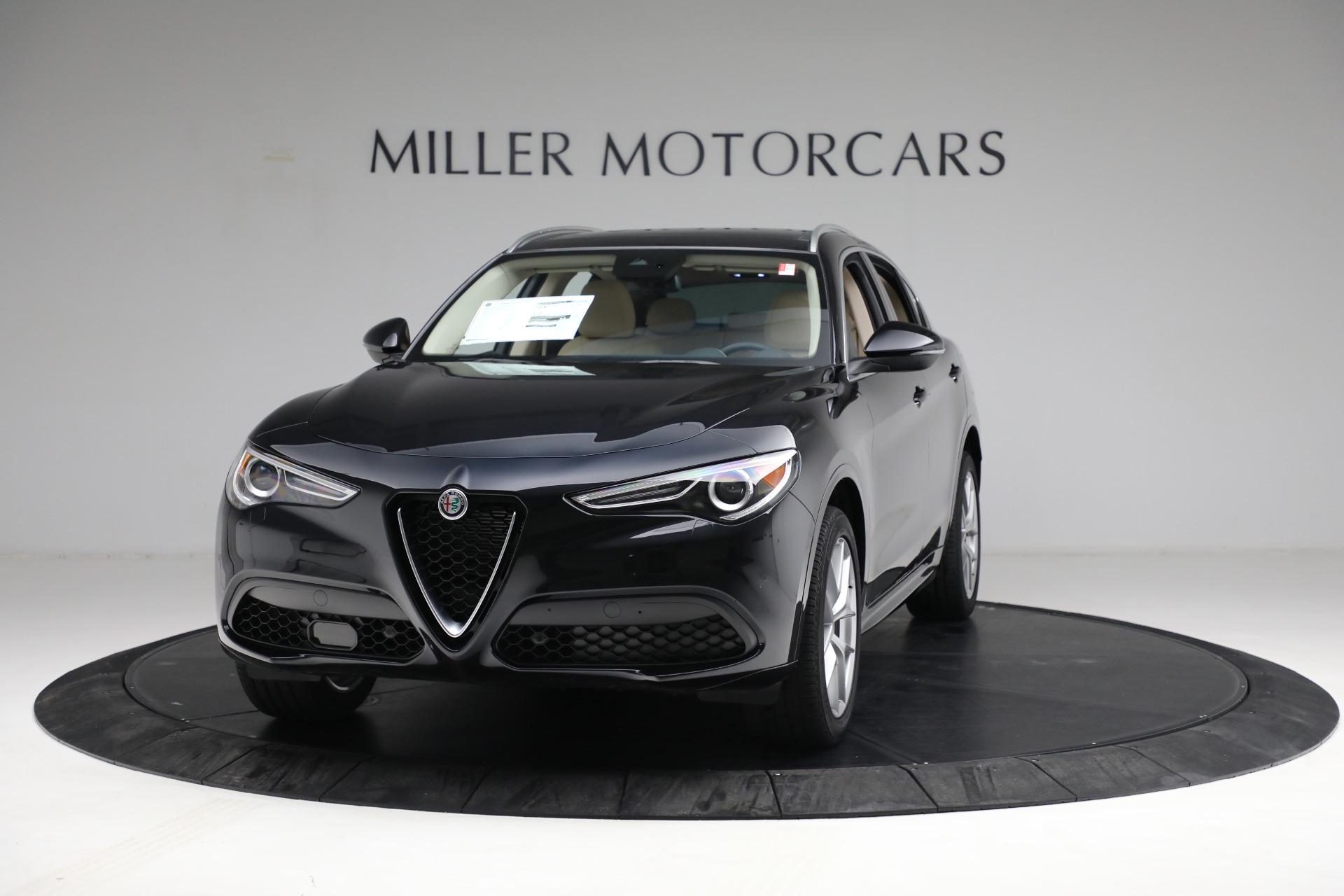 New 2021 Alfa Romeo Stelvio Ti Q4 for sale $57,400 at Bentley Greenwich in Greenwich CT 06830 1