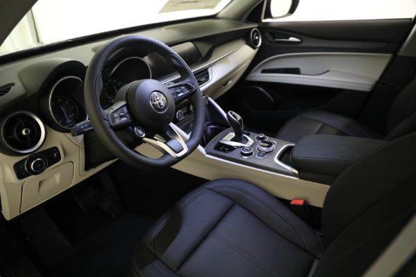 New 2021 Alfa Romeo Stelvio Ti Q4 for sale $54,400 at Bentley Greenwich in Greenwich CT 06830 12