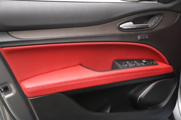 New 2021 Alfa Romeo Stelvio Ti Q4 for sale $54,400 at Bentley Greenwich in Greenwich CT 06830 13