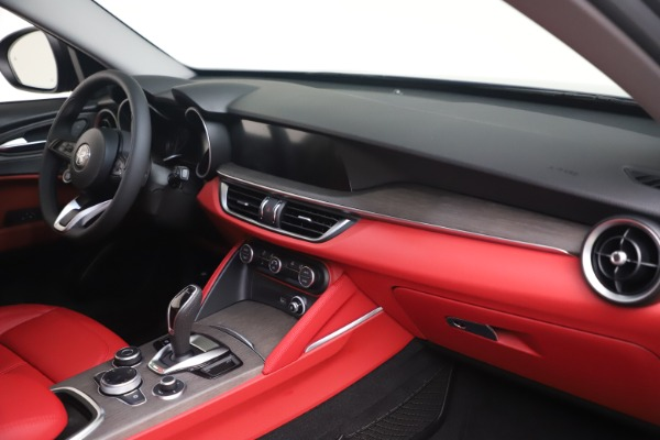 New 2021 Alfa Romeo Stelvio Ti Q4 for sale $54,400 at Bentley Greenwich in Greenwich CT 06830 15