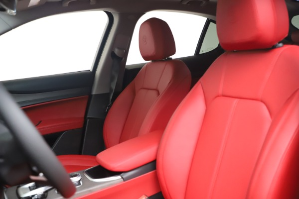 New 2021 Alfa Romeo Stelvio Ti Q4 for sale $54,400 at Bentley Greenwich in Greenwich CT 06830 20