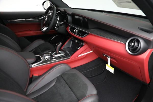 New 2021 Alfa Romeo Stelvio Quadrifoglio for sale $88,550 at Bentley Greenwich in Greenwich CT 06830 22