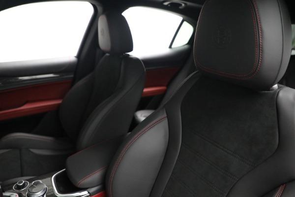 New 2021 Alfa Romeo Stelvio Quadrifoglio for sale $88,550 at Bentley Greenwich in Greenwich CT 06830 15