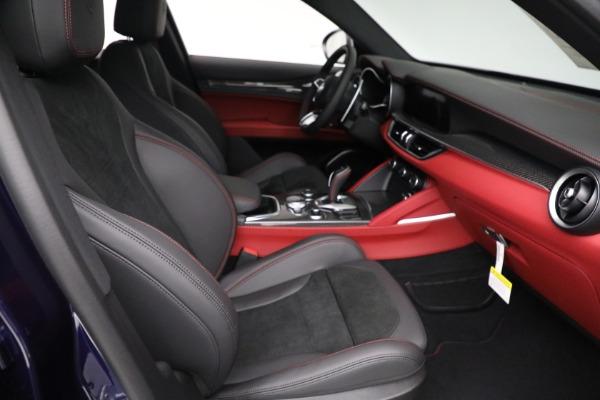 New 2021 Alfa Romeo Stelvio Quadrifoglio for sale $88,550 at Bentley Greenwich in Greenwich CT 06830 21